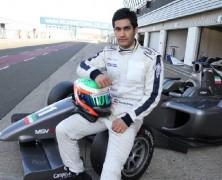 نخستین راننده ایرانی در مسابقات اتومبیلرانی فرمول۲