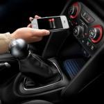شارژر بیسیم موبایل جدیدترین آپشن خودروهای کرایسلر
