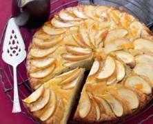طرز تهیه کیک سیب ساده